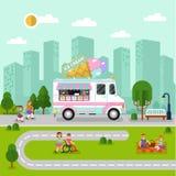 Ландшафт города с фургоном мороженого Стоковое фото RF