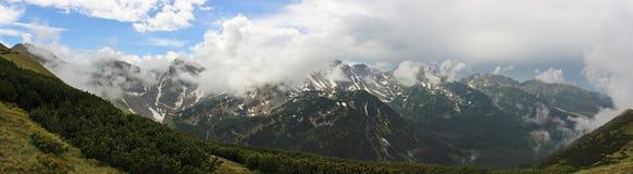 Ландшафт горы в высоком Tatras после дождя стоковые изображения rf