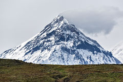 Ландшафт горы Камчатки: взгляд на вулкане Kamen стоковая фотография rf
