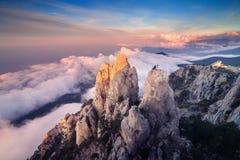 Ландшафт горы на заходе солнца Изумительный взгляд от горного пика Стоковая Фотография