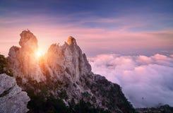 Ландшафт горы на заходе солнца Изумительный взгляд от горного пика Стоковые Изображения