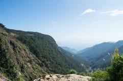Ландшафт горы около Lat Da, Вьетнама стоковые фотографии rf
