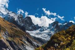 Ландшафт горы осени в горах Кавказа Стоковые Изображения