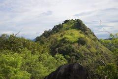 Ландшафт горы после дождя Цейлон стоковые изображения rf