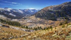Ландшафт горы пропуска независимости, Колорадо, США стоковое фото