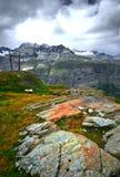 Ландшафт горы с камнями стоковые изображения