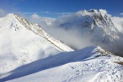 Ландшафт гор Snowy стоковое изображение rf