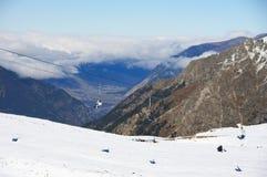 Ландшафт гор Snowy стоковое фото rf