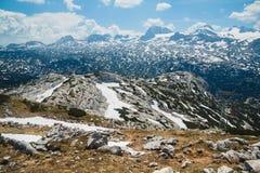 Ландшафт лета снежный плато Dachstein Krippenstein горы, Австрии Стоковые Изображения