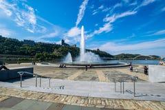 Ландшафт лета фонтана парка штата пункта в Питтсбурге Стоковые Изображения RF