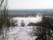 Ландшафт зимы около реки Стоковая Фотография