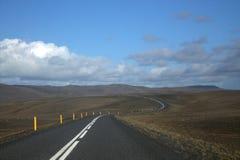 Ландшафт Исландии с дорогой Стоковая Фотография