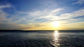 Ландшафт моря времени захода солнца Стоковое Изображение RF