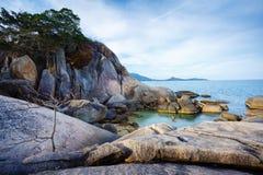 Ландшафт моря к утесам Samui Стоковое Изображение RF