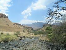 Ландшафт на замке Giants в горах Drakensberg Стоковое фото RF