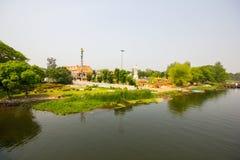Ландшафт на реке Kwai Стоковые Изображения