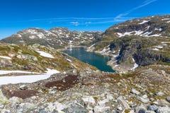 Ландшафт озера горы Норвегии Стоковые Изображения RF