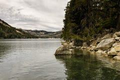 Ландшафт озера гор Стоковое Изображение