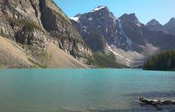Ландшафт озера морен альбатроса Канада стоковая фотография
