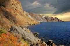 Ландшафт осени, залив Provato, побережье Чёрного моря, Крым стоковая фотография rf