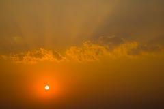 Ландшафт предпосылки цвета золота захода солнца Стоковая Фотография