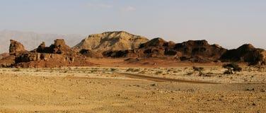 Ландшафт пустыни на парке Timna, Израиле стоковая фотография rf