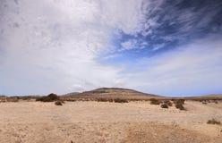 Ландшафт пустыни - Фуэртевентура Стоковое Изображение RF