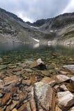 Ландшафт с горой, Ledenoto & x28 Rila; Ice& x29; озеро и пик Musala Стоковое Изображение RF