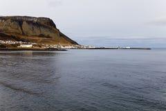 Ландшафт с городком Olafsvik на задней части. Стоковая Фотография