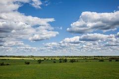 Ландшафт с облаками Стоковое Изображение RF