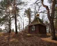 Ландшафт с православной церков церковью под небесами настроения Стоковые Фотографии RF