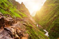 Ландшафт с рекой горы Стоковое Изображение