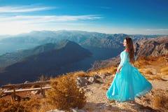 Ландшафт Черногории над гребнем горы и Kotor преследуют Beautif стоковая фотография rf
