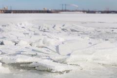 Ландшафт льда на реке Стоковое фото RF