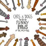 Лапки собак и кошек шаржа - vector рамка нарисованная рукой Стоковая Фотография RF