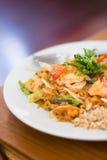 Лапши и шримс риса fry Stir Стоковое Фото