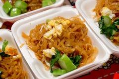 Лапши пусковой площадки тайские, тайская еда Стоковая Фотография RF