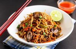 Лапши Шевелить-зажаренные овощем/Mien Chow стоковое фото rf