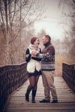 Ласковые пары в влюбленности Стоковые Фотографии RF