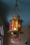 Латунная лампа с покрашенным стеклом Стоковое Изображение RF