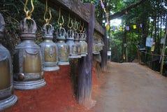 Латунные колоколы в виске Таиланде Стоковые Изображения RF