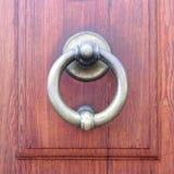 Латунный Knocker двери Стоковая Фотография RF