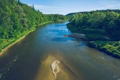 Латышские национальный парк и река Gauja на городе Sigulda Стоковая Фотография RF