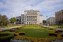 Латышский национальный театр оперы в Риге стоковое изображение