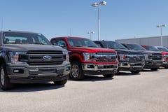 Лафайет - около апрель 2018: Местный автомобиль Форда и дилерские полномочия тележки Форд продает продукты под брендами Линкольна Стоковое Изображение