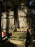 Лачуга, закрытая дверь стоковые фото