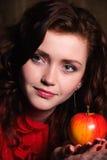 ладонь яблока Стоковая Фотография