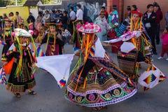 Ла Paz Боливия - 2-ое февраля 2014 Mallasa: Традиционно одетый стоковое изображение