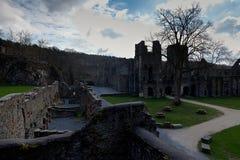 Ла Ville Villers аббатства монастыря руин, Бельгия стоковые фотографии rf