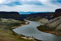 Лебедь падает река каньона Стоковые Изображения RF